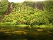 Teich-und-Wasserfall-Azoren RH_L4416